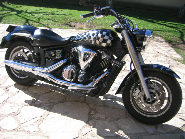 Moto YAMAHA XVS 1300 MIDNIGHT STAR